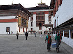 Thimpu dzong ladies